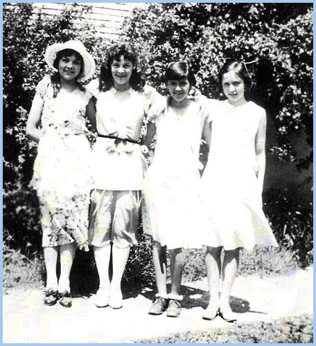 Susan Nickel, Annetta Brown, Mabel Horsley, Margaret Maitland