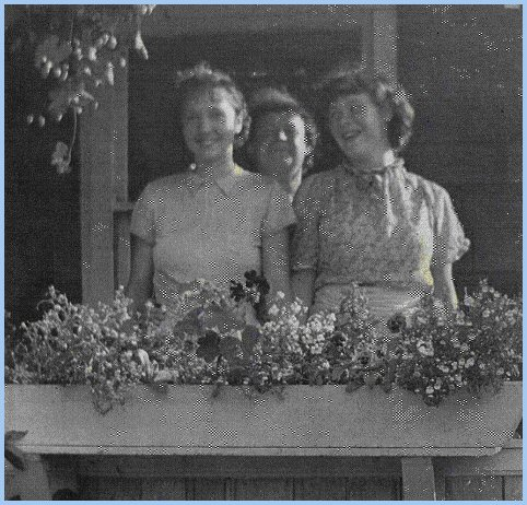 Margaret Maitland, Elizabeth Brown, Annetta Brown