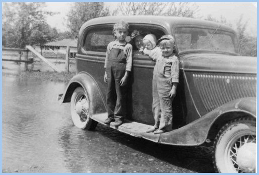 1948 Flood: Browne Road & Vedder River: Raymond Wiens, Elmer Wiens