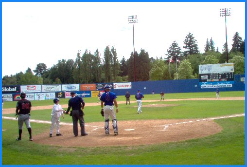 Vancouver Canadians versus Yakima Giants